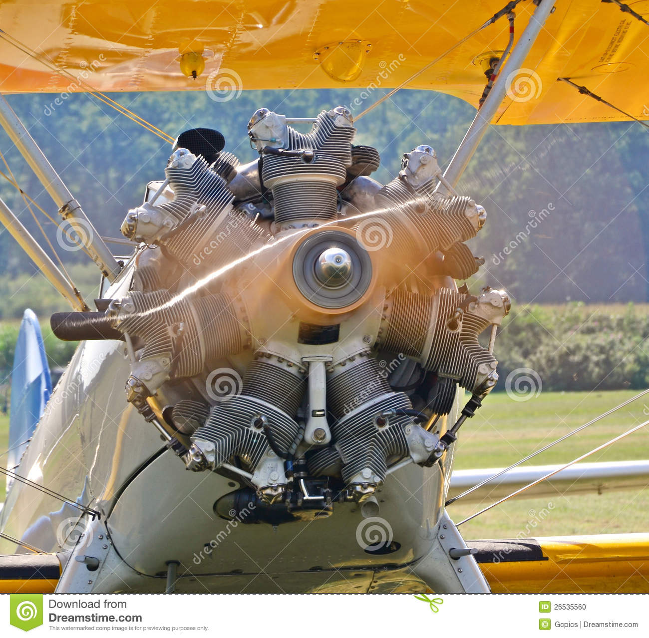 Spinning Aircraft Propeller Stock Photo - Image: 26535560