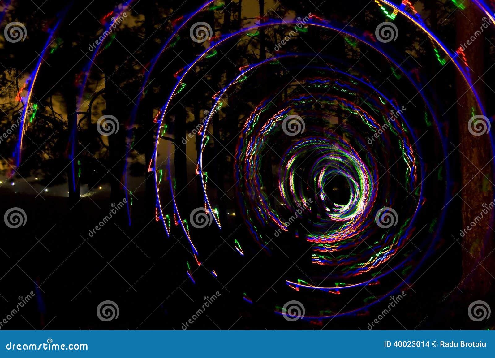 Spiral av ljus arkivfoto   bild: 40023014