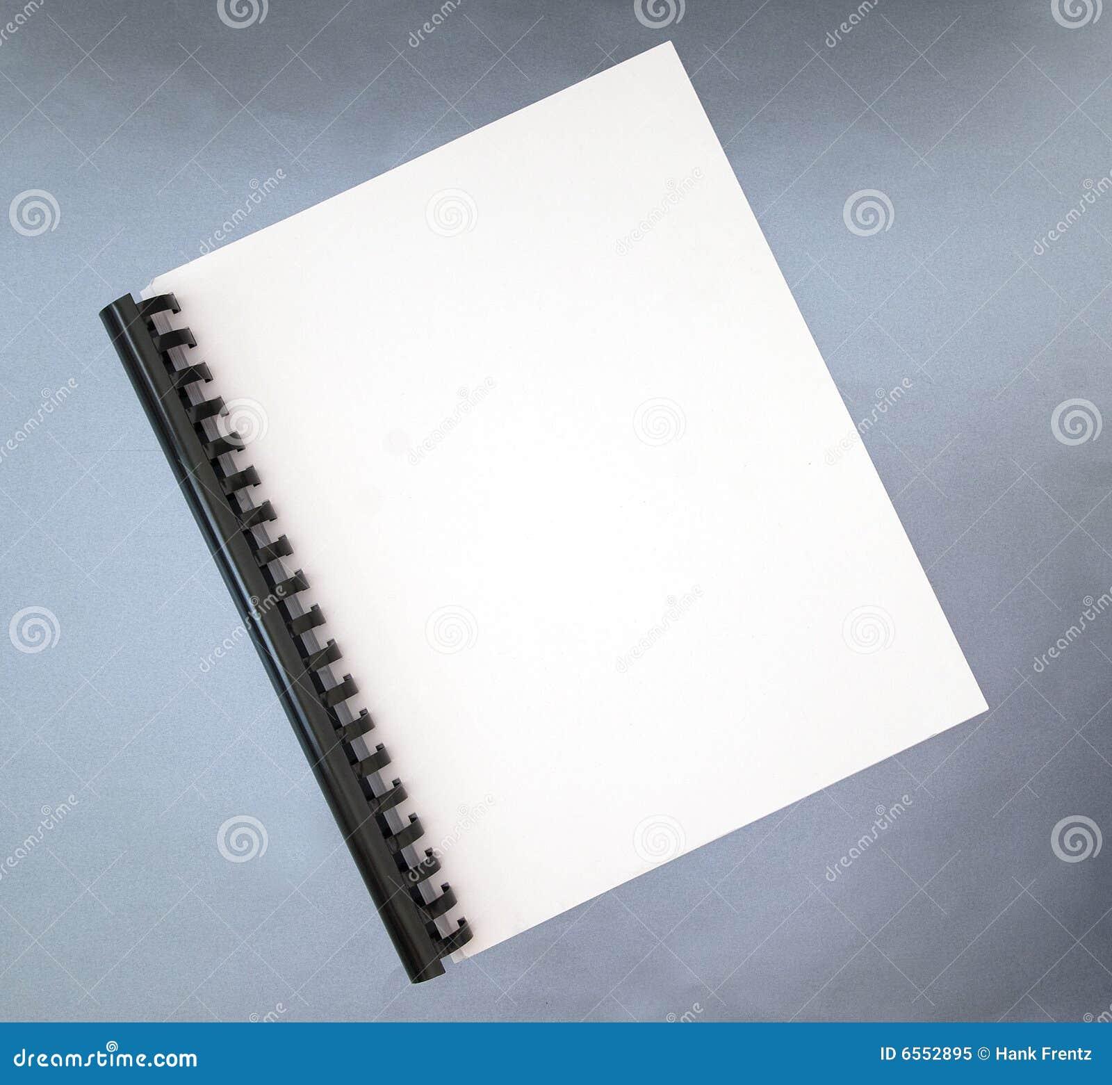 Spirale de cahier de cache blanc