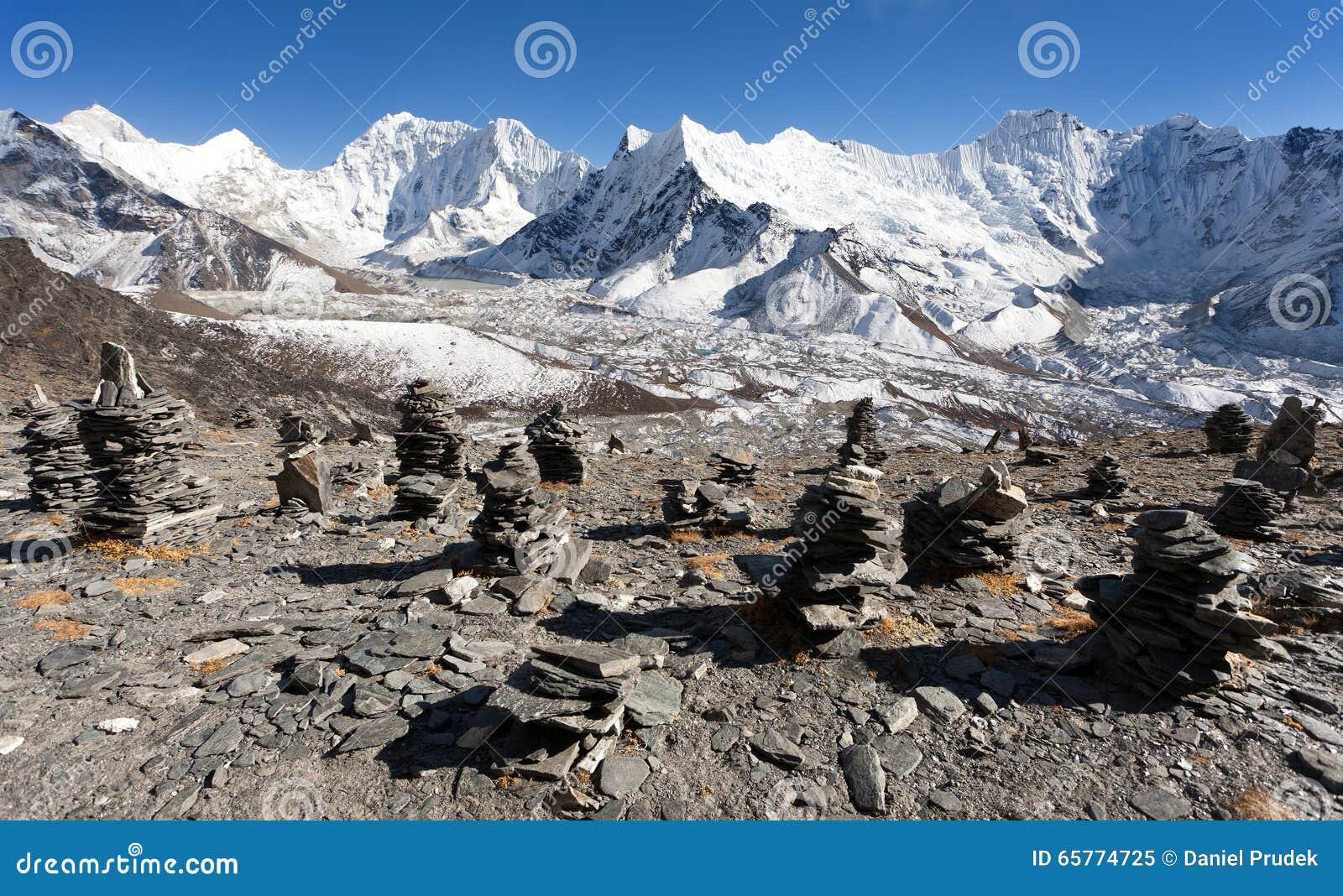 Spitze des Bergs Makalu, Kali Himal, schöner Berg
