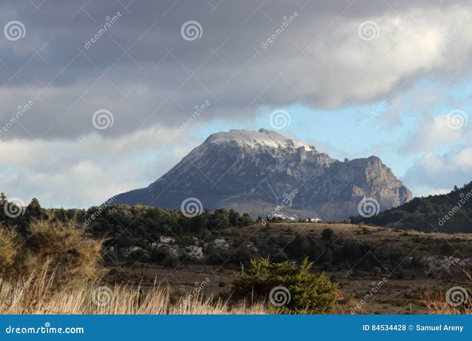 Spitze von Bugarach in Corbieres, Frankreich