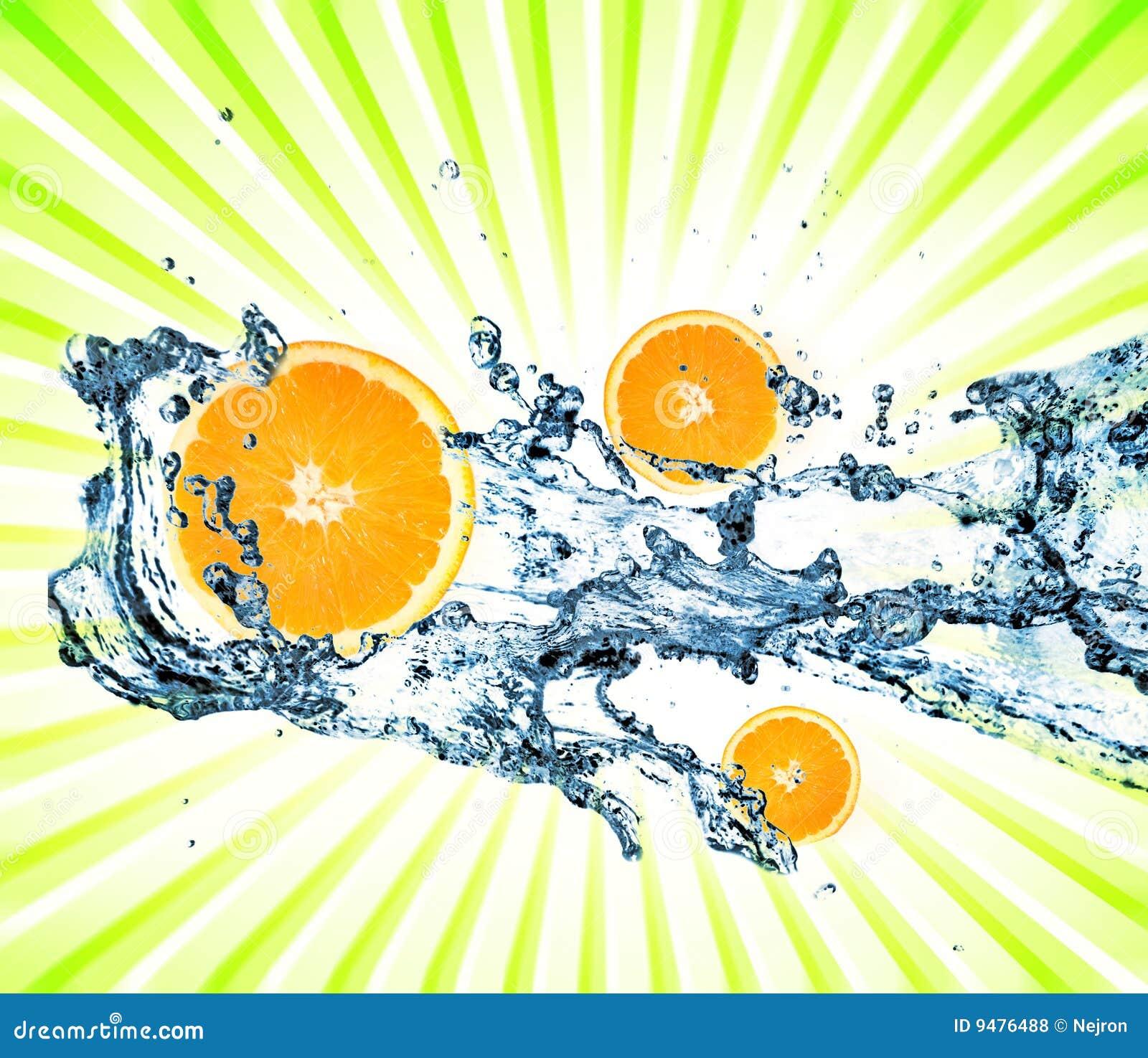 Splashing water with oranges