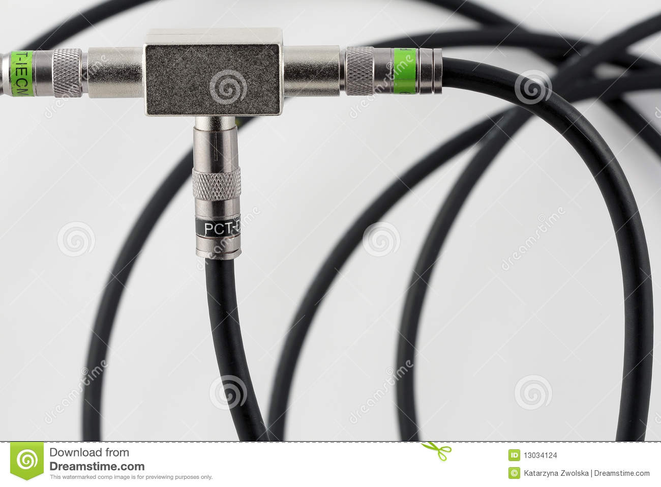 Cable Splitter Internet And Tv : Splitter of tv signal with coax cable stock images image