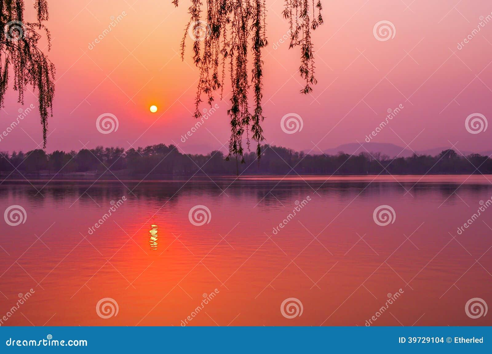 Spokojnie słońca