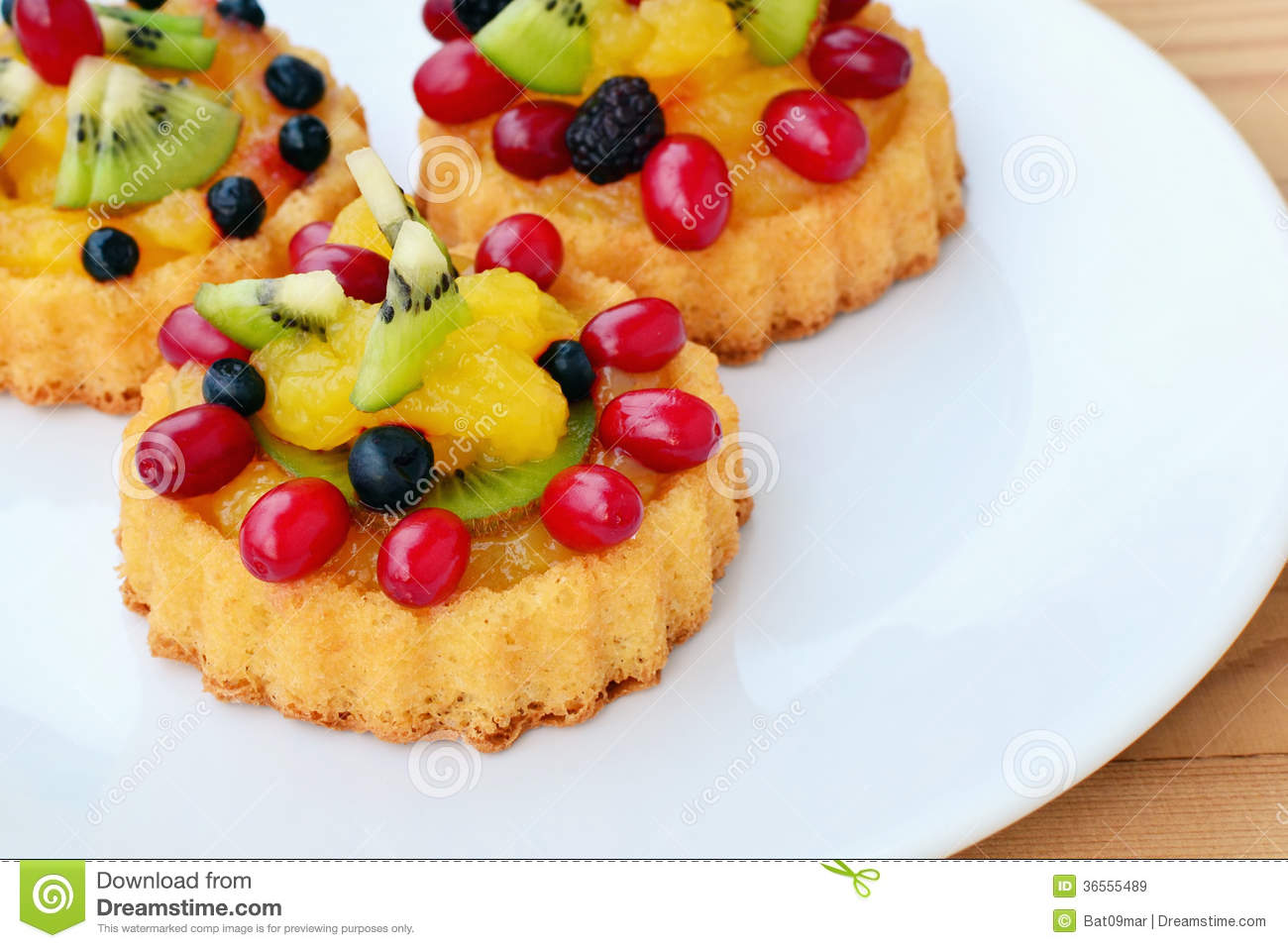 Fruit Custard Cake