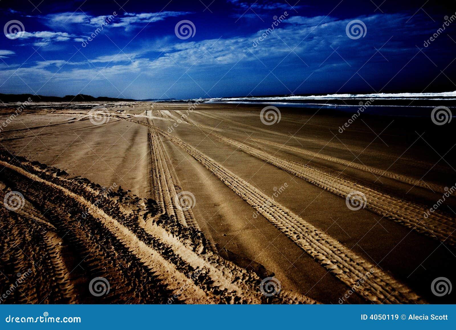 Sporen op strand