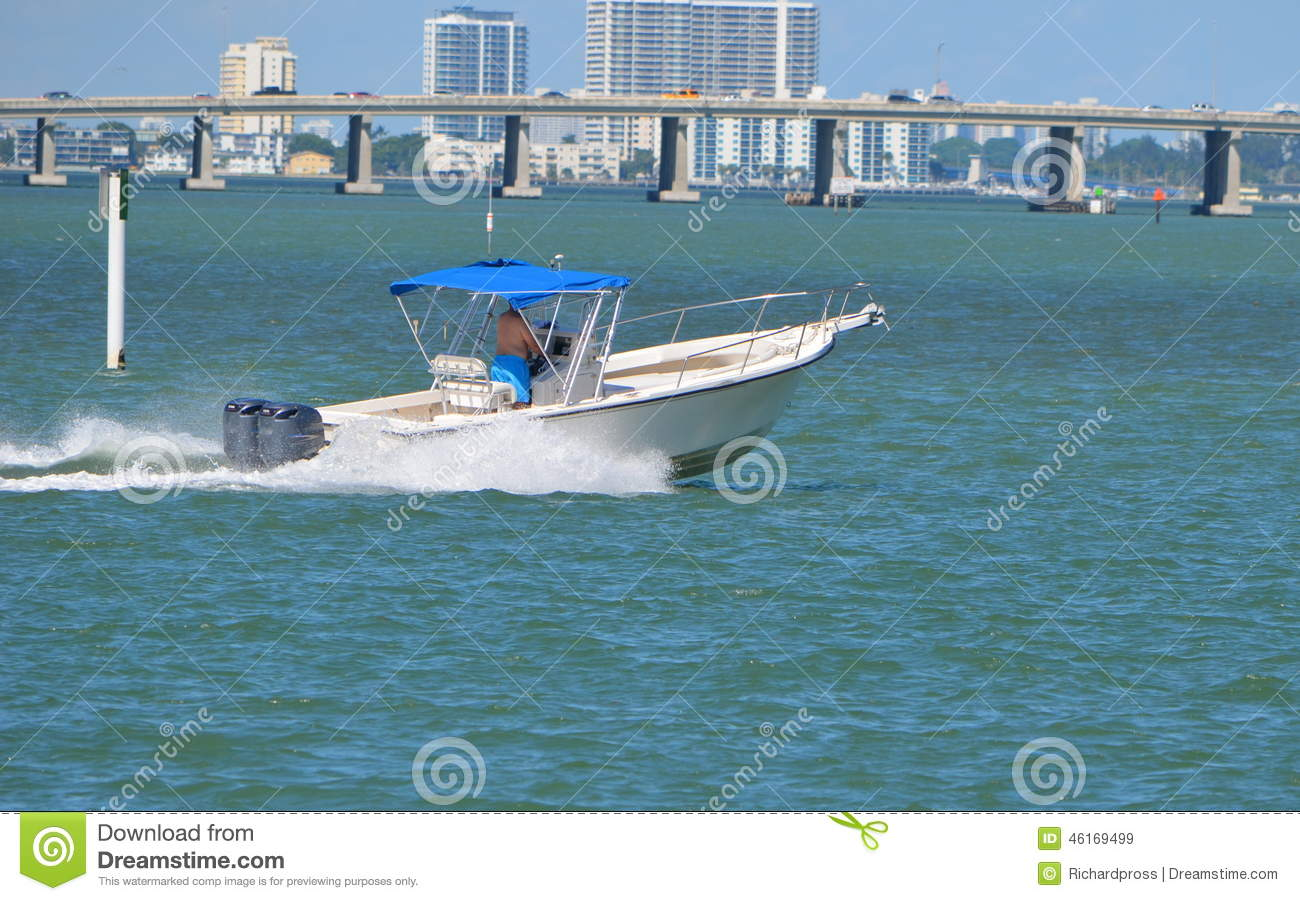 Speeding sport fishing boat stock photo cartoondealer for Wildwood nj fishing charters