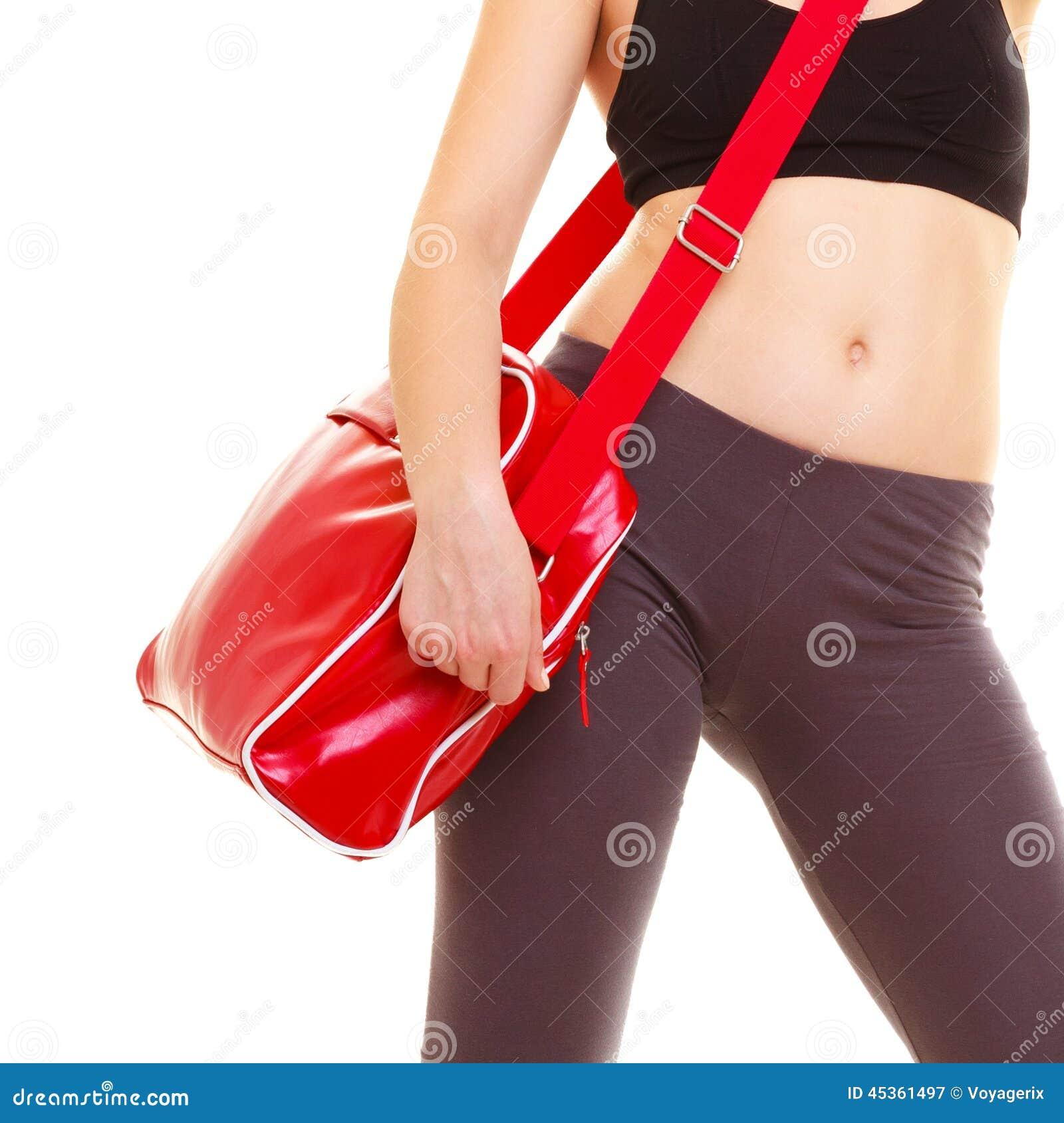 Sport Sac rouge de gymnase de la fille sportive de forme physique d isolement