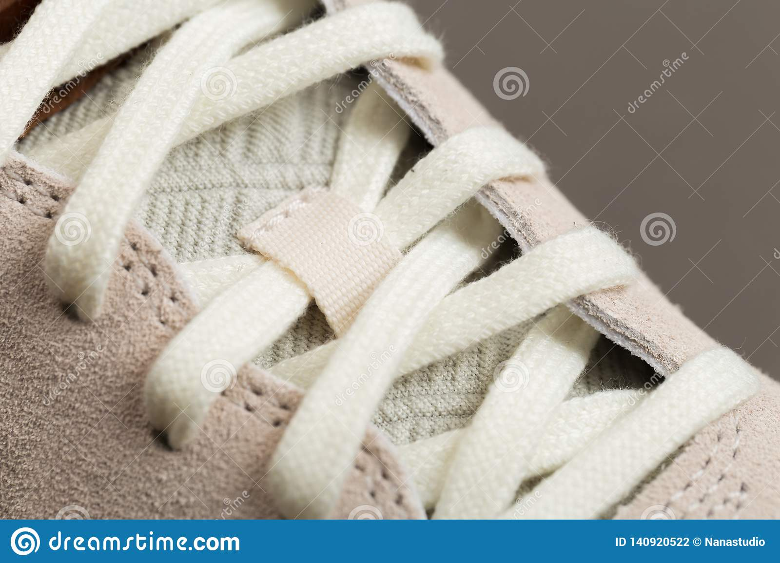 Sport shoes with white laces