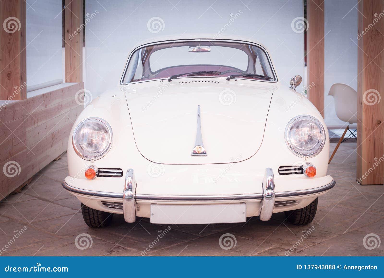 Sportauto Lassic-fünfziger Jahre Porsches 356 im Weiß