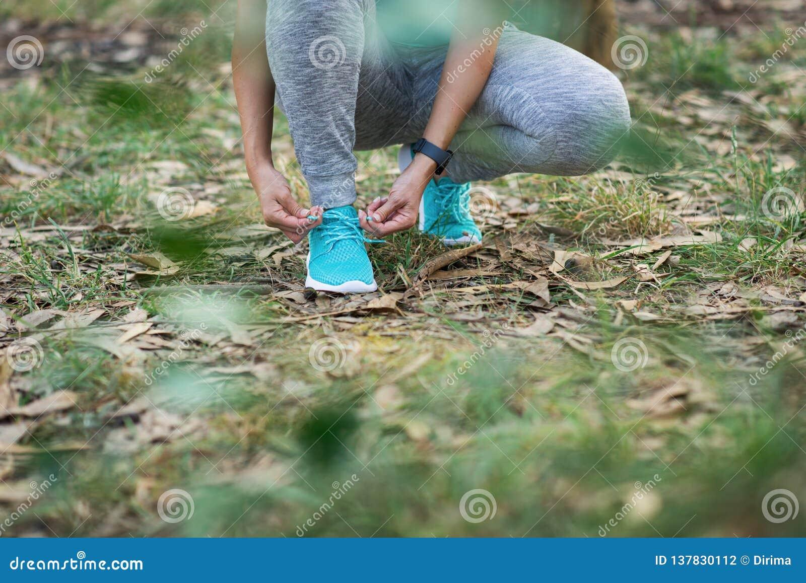 Sportconcept en gezonde training in aard