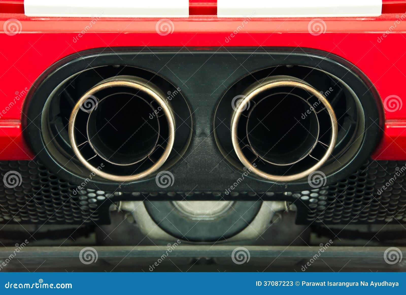 Download Sportowy Samochód Wydmuchowa Drymba. Obraz Stock - Obraz złożonej z zanieczyszczenie, czerwień: 37087223
