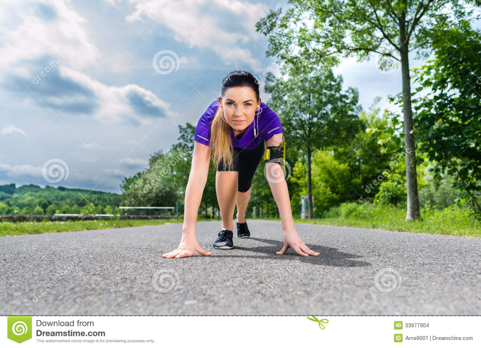 sports trackfield outdoor women