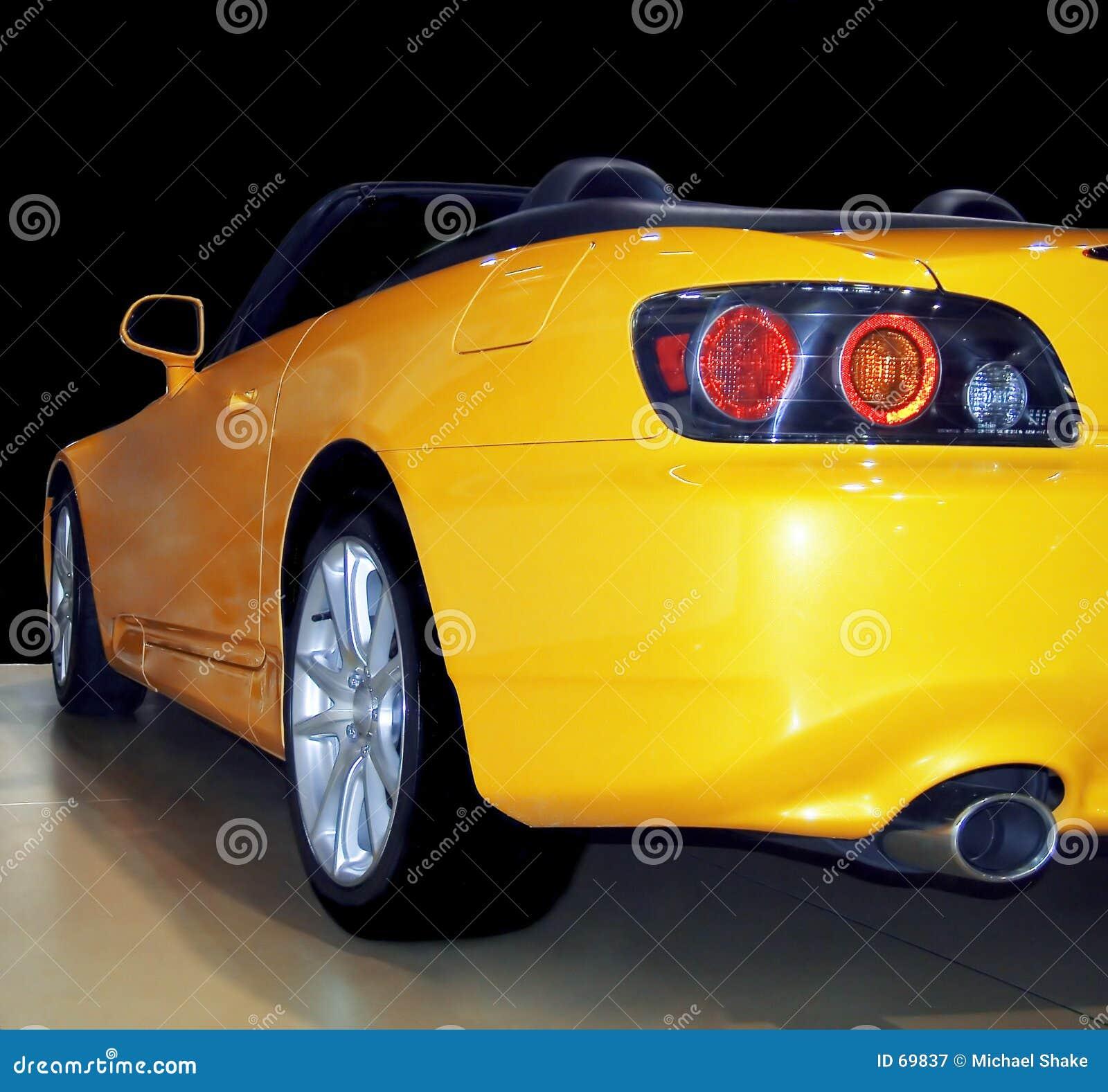Sportscar κίτρινος
