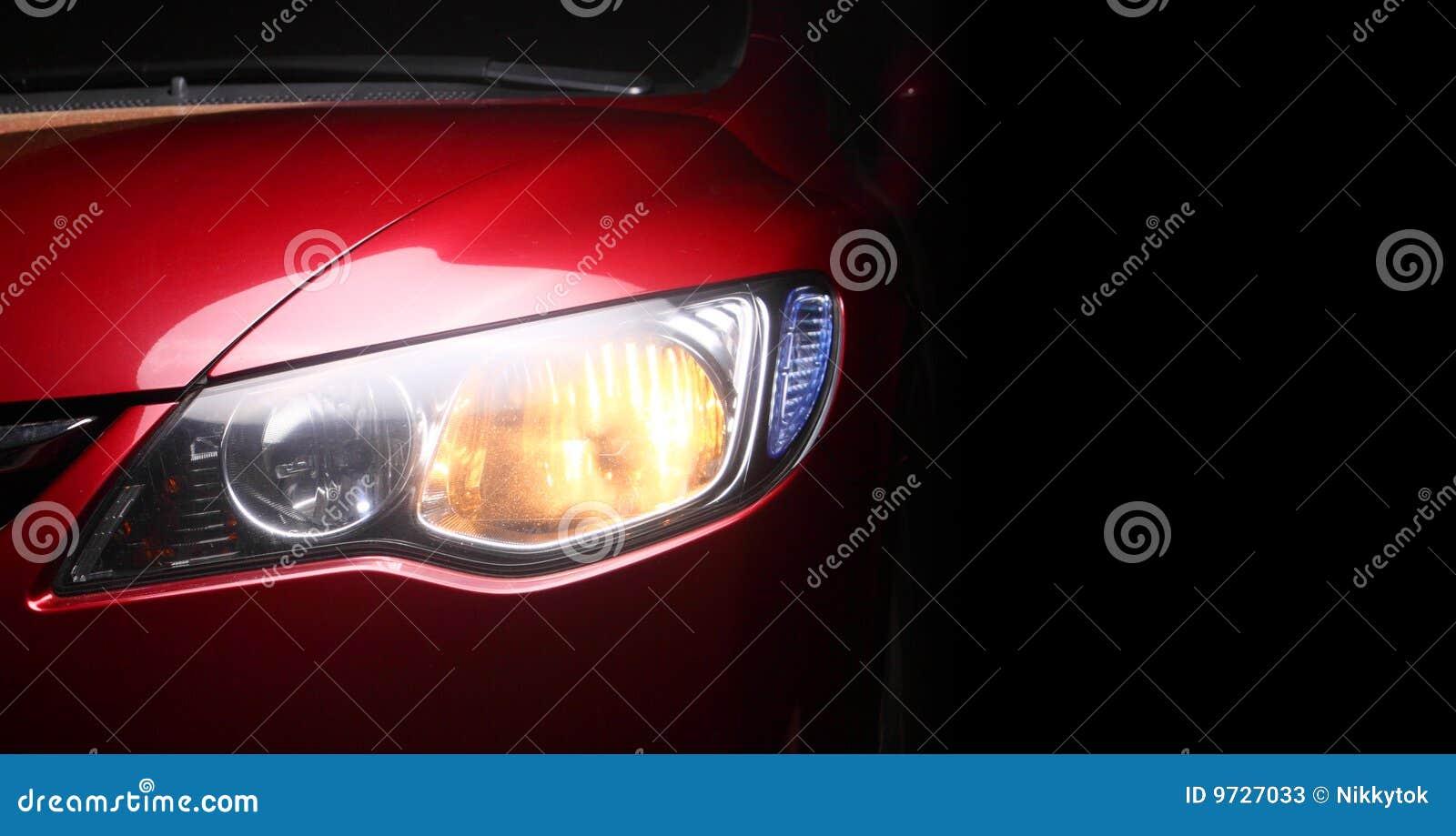 Sportscar rouge de groupe