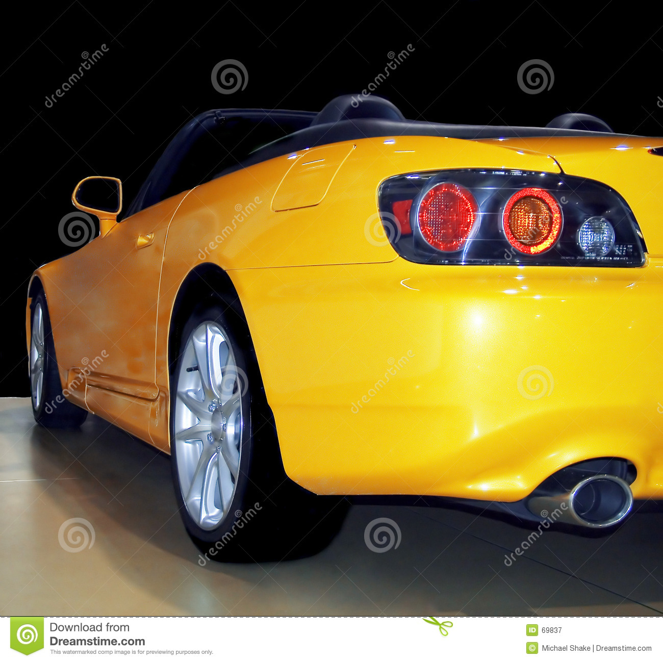 Sportscar yellow