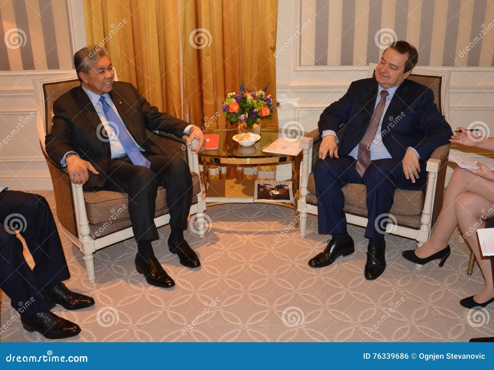 Spotkanie minister Cudzoziemski - sprawy Serbia Ivica Dacic i Ahmad Zahid Hamidi, zastępca ministra Malezja
