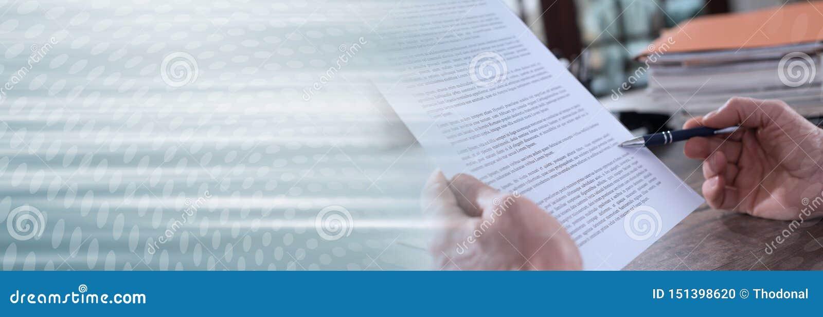 Sprawdzać dokument; panoramiczny sztandar