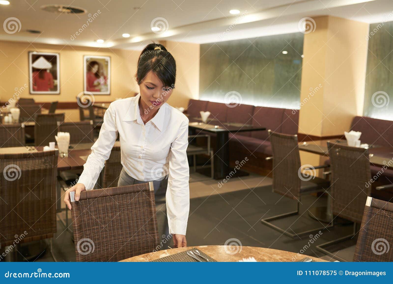 Sprawdzać stoły