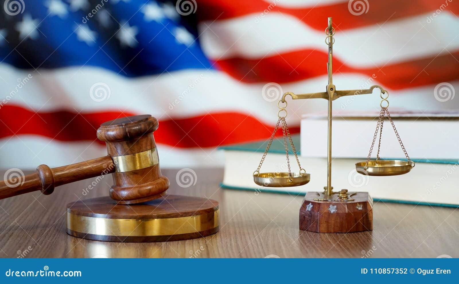 Sprawiedliwość dla Stany Zjednoczone praw w amerykanina sądzie