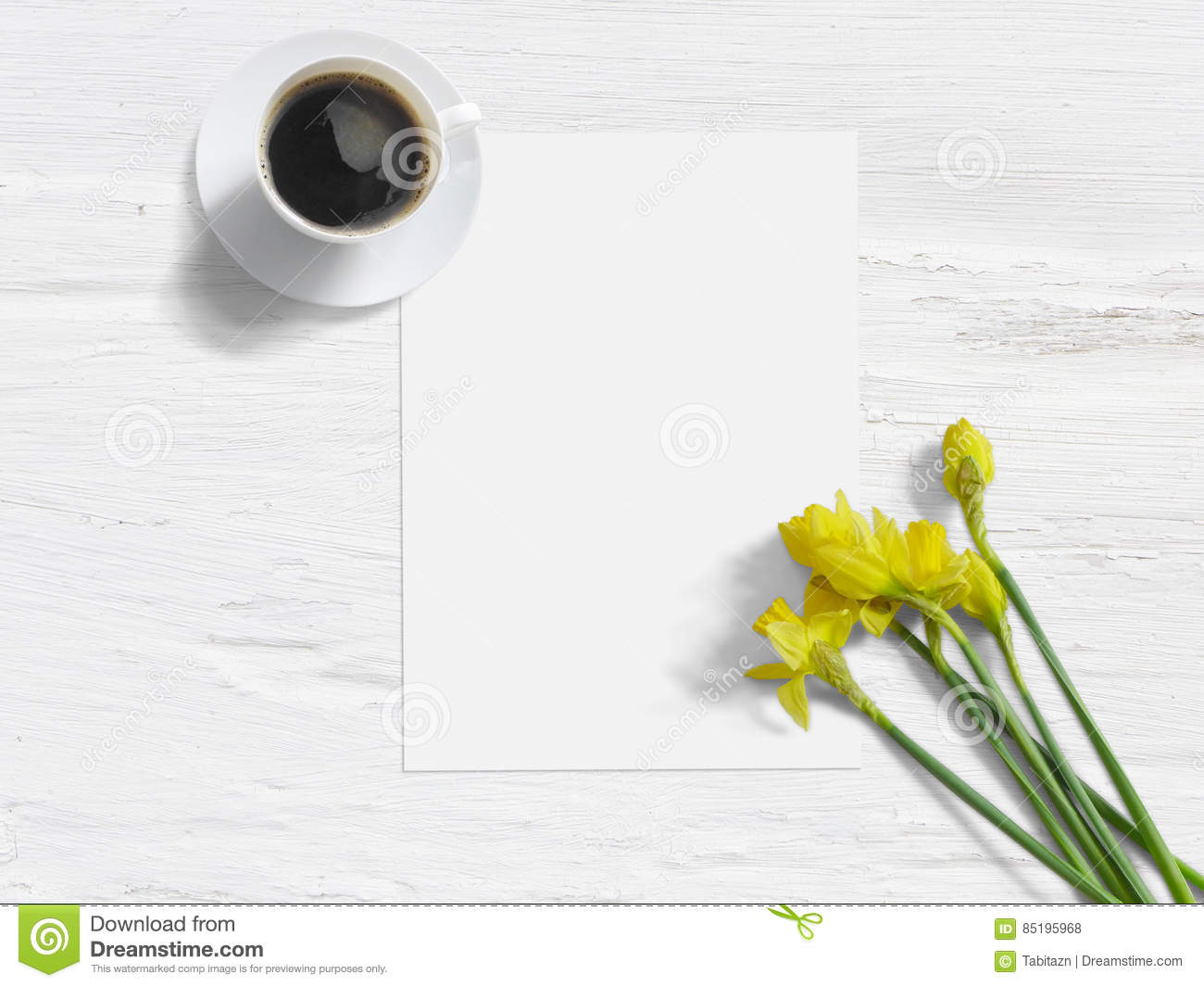 Spring Styled Stock Photo Feminine Mock Up With Daffodil Flowers