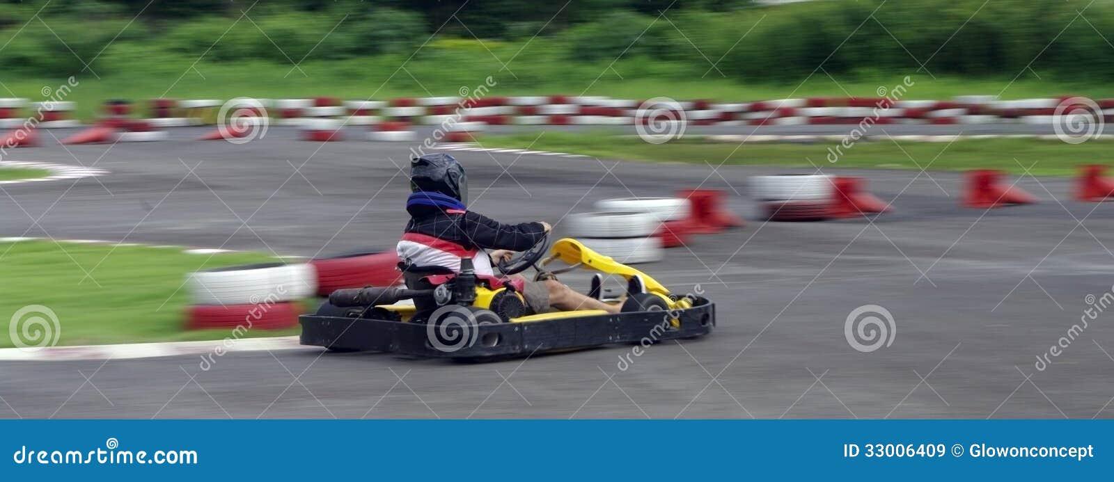 Springa för hastighetsgokart