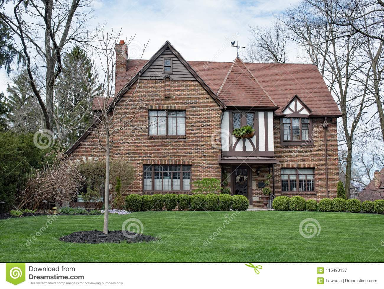 Download Springtime English Tudor Home Stock Image - Image of bushes brown: 115490137 & Springtime English Tudor Home Stock Image - Image of bushes brown ...