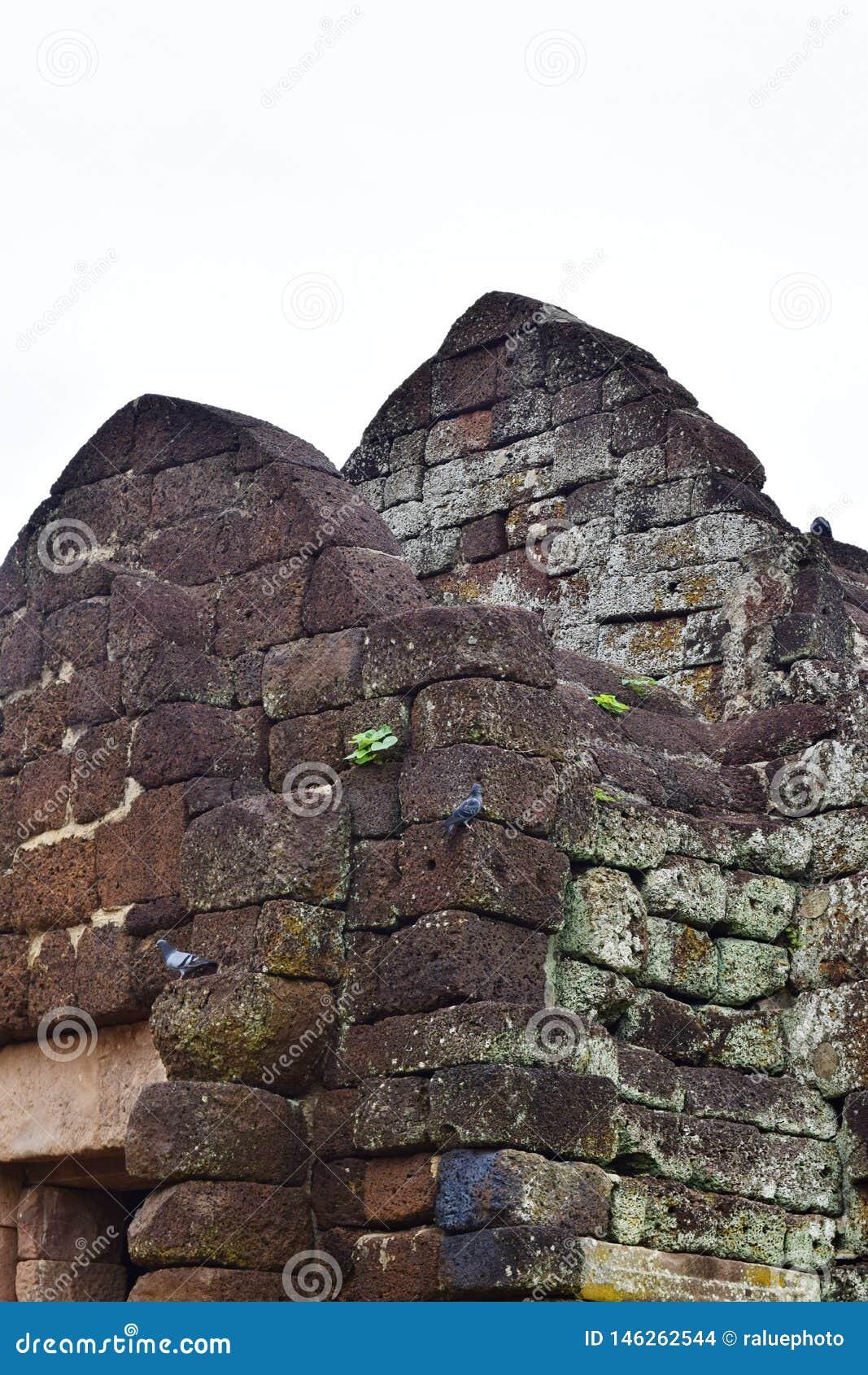 Sprossen-Schloss Khao Phanom, der ?lteste Platz in der Geschichte in Buriram, Thailand