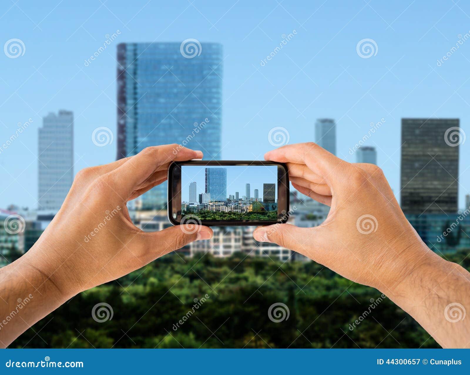Spruitfotografie de stad met slimme telefoon