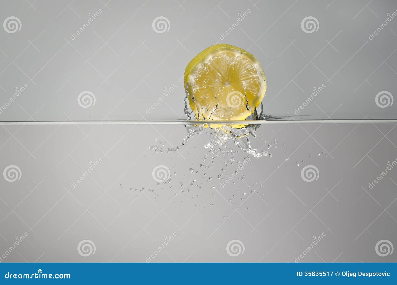 Spruzzata del limone