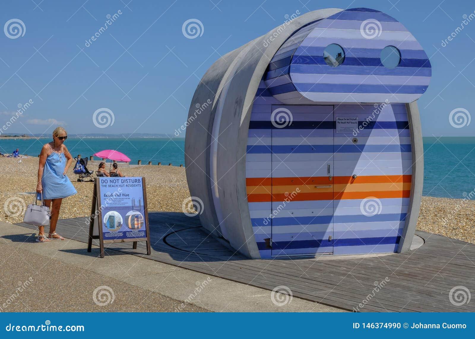 Spyglass, rentable plażowa buda przy nadmorski w Eastbourne