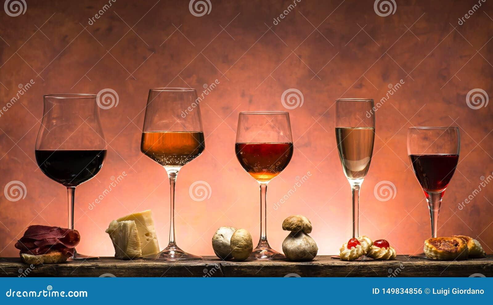 Ställ in av viner och mat