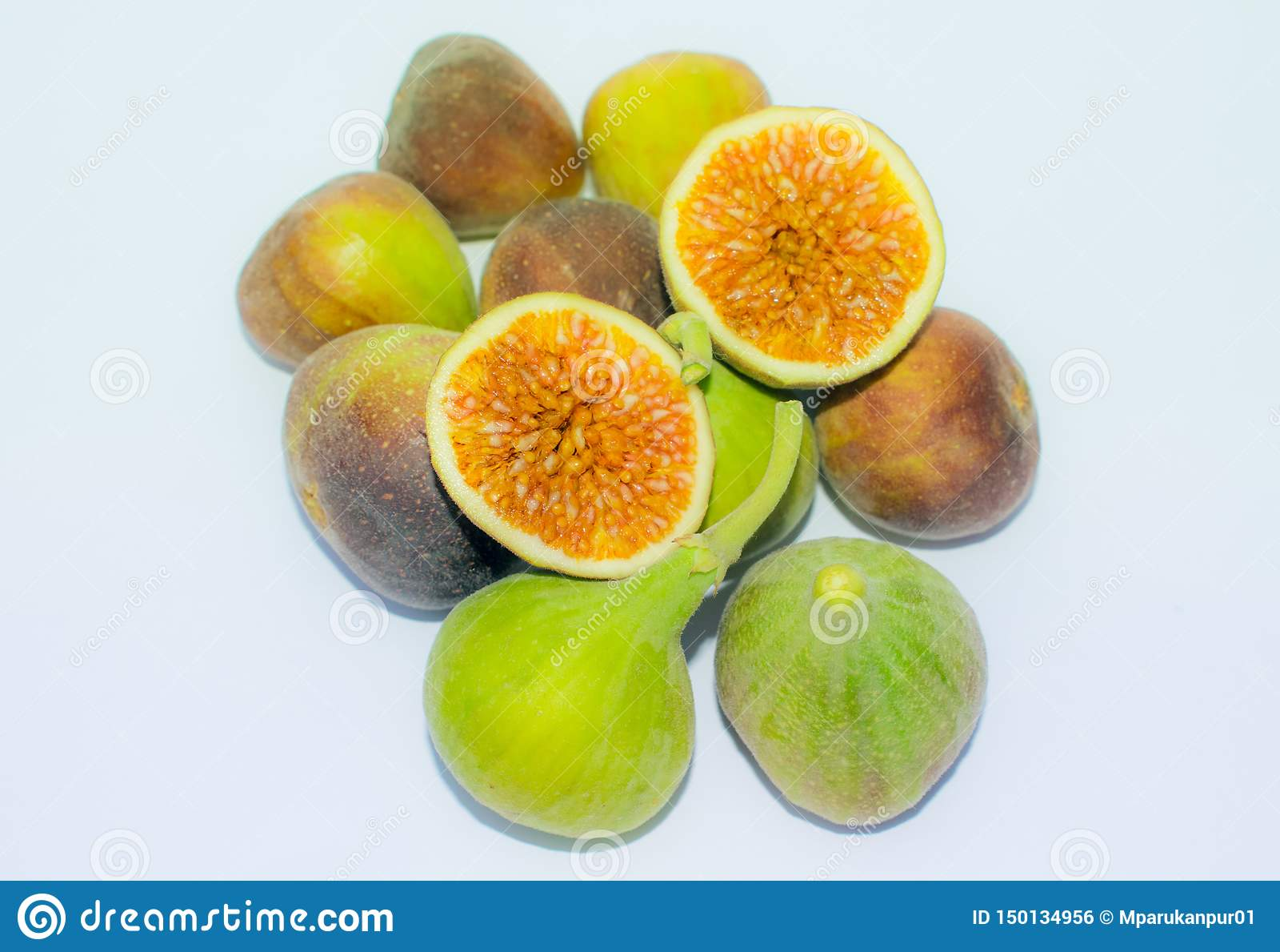 Stäng sig upp av ny isolerad fikonträdfrukt