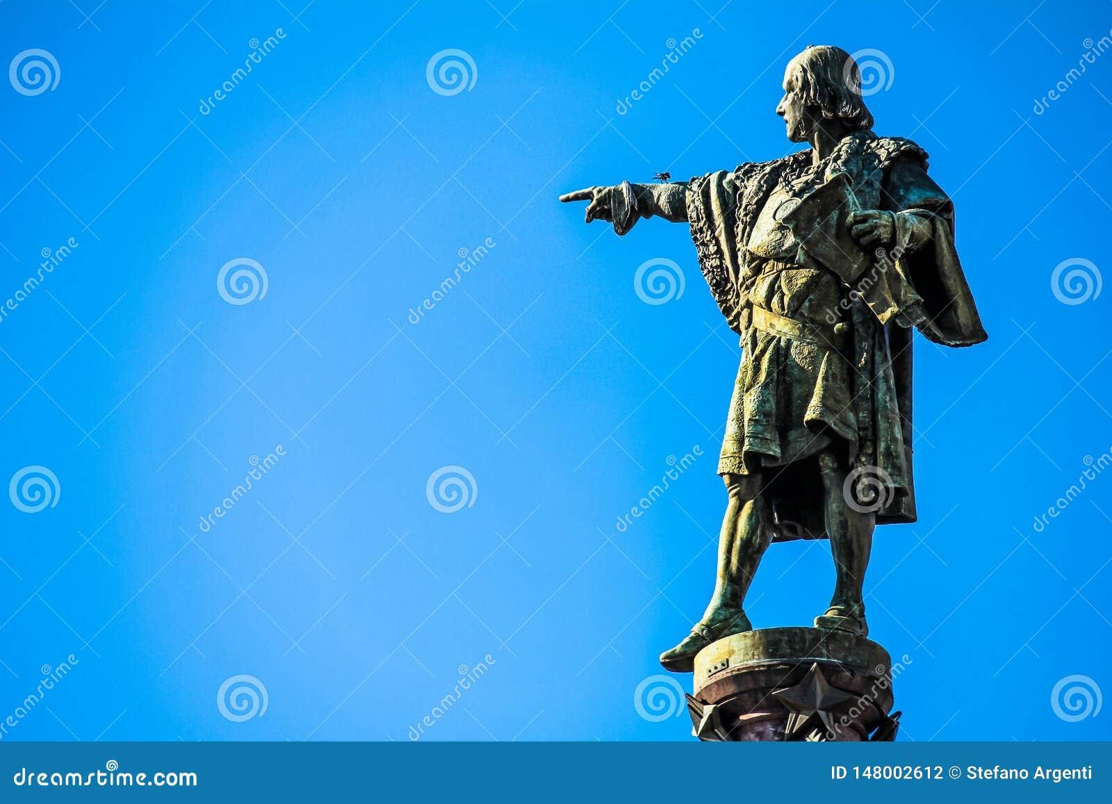 Stäng sig upp av statyn av Christopher Columbus