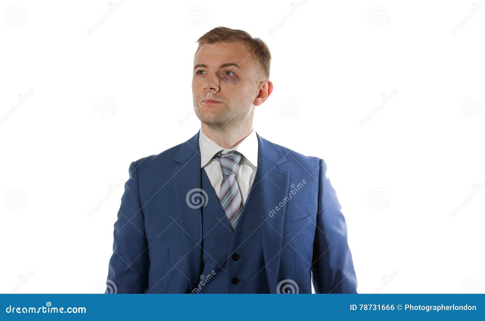 Stående av en affärsman med blåtiran