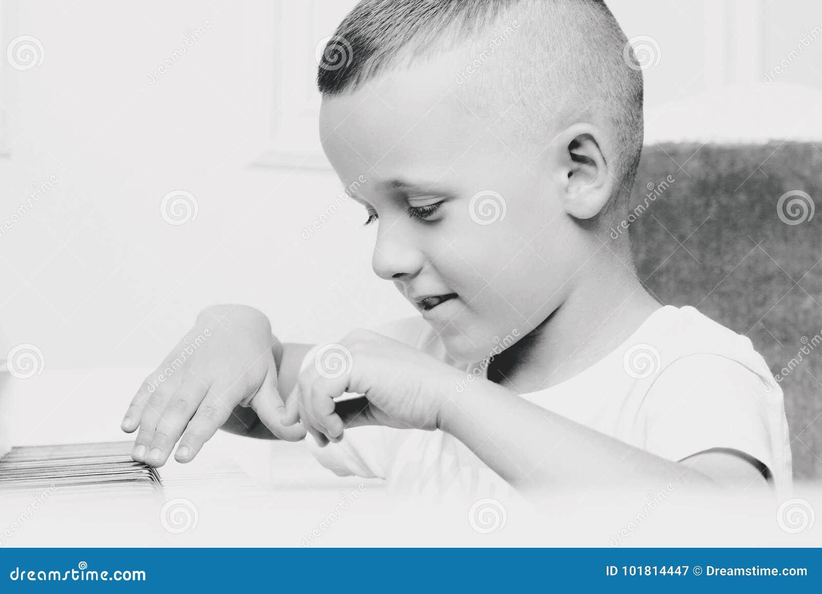 Stående av en pojke