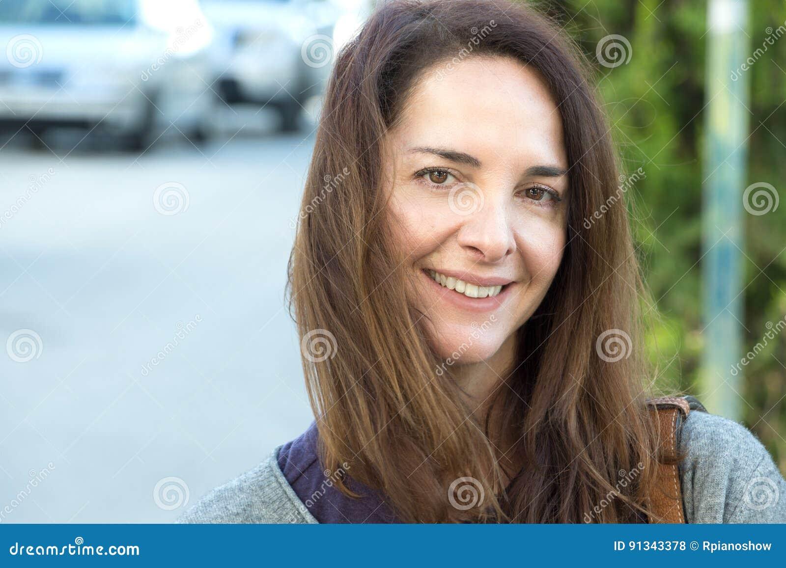kvinna 45 år
