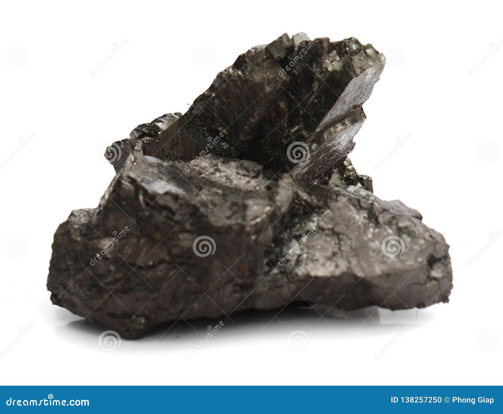 Stück Kohle getrennt auf Weiß
