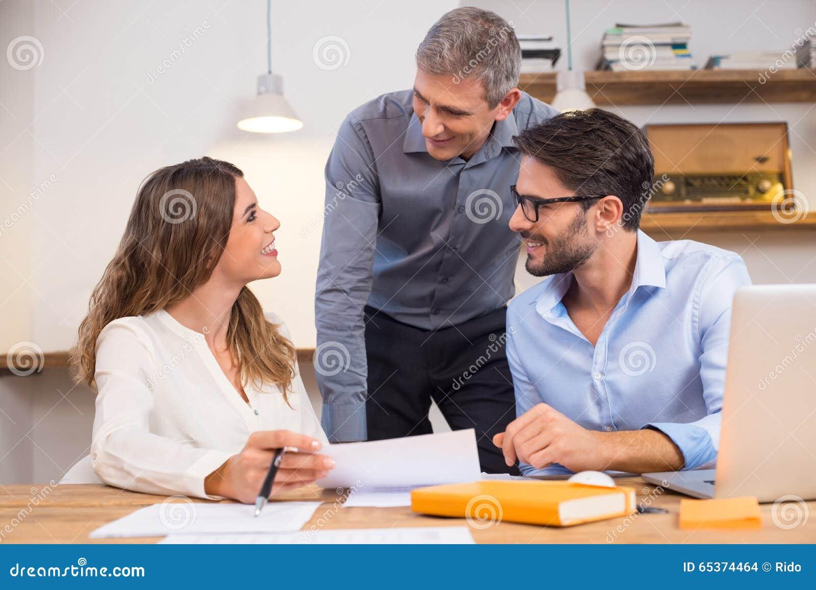 Stützneue Angestellte