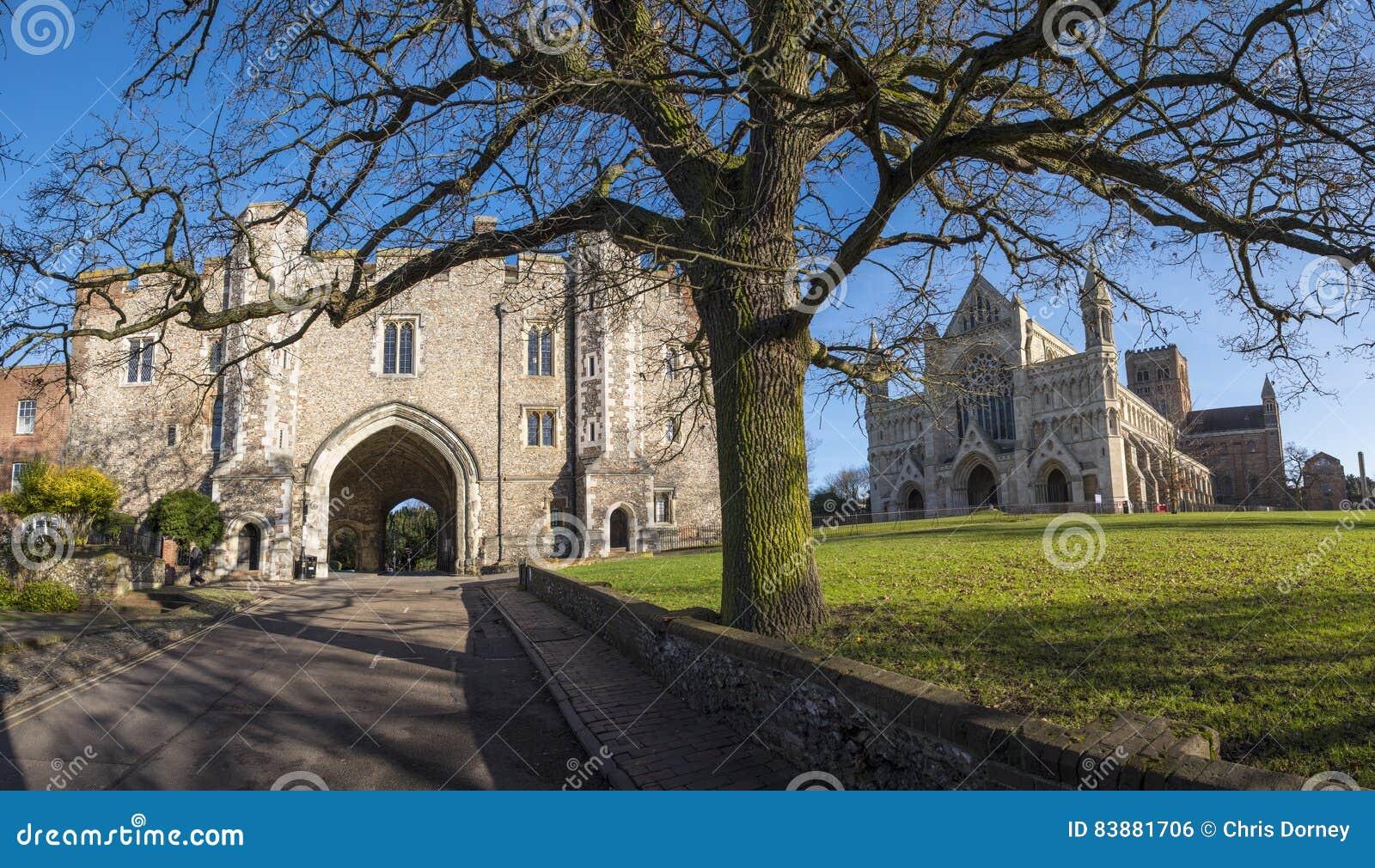 St Albans Abbey Gateway e catedral de St Albans