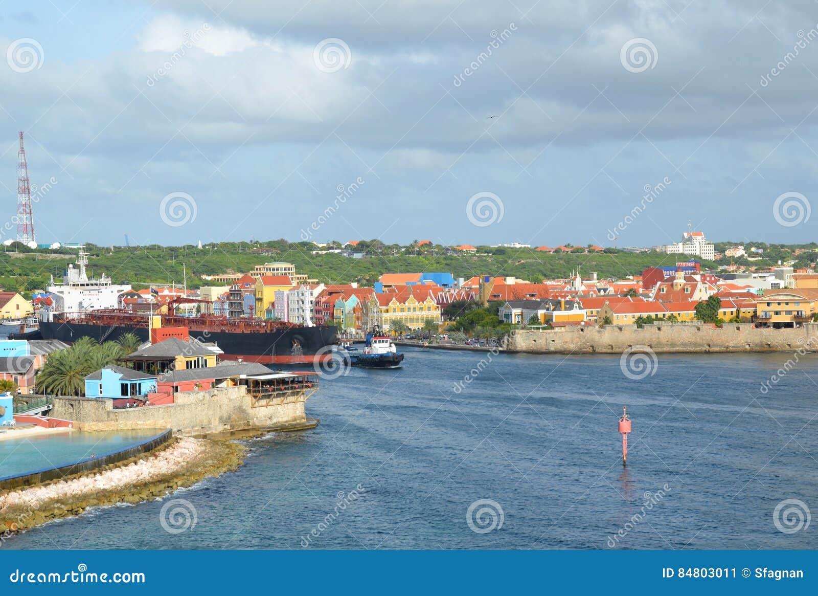 St Anna Bay en Willemstad, Curaçao