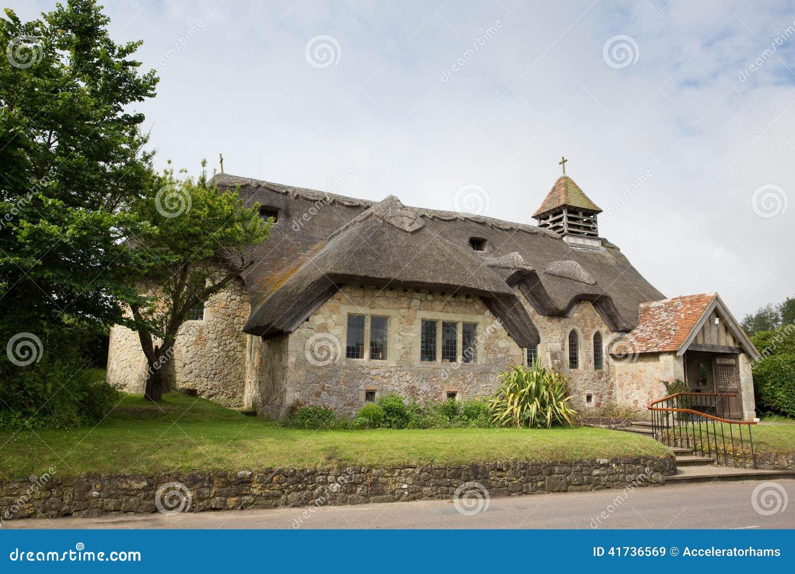 St cubierto con paja Agnes Freshwater Bay Isle de la iglesia del Wight