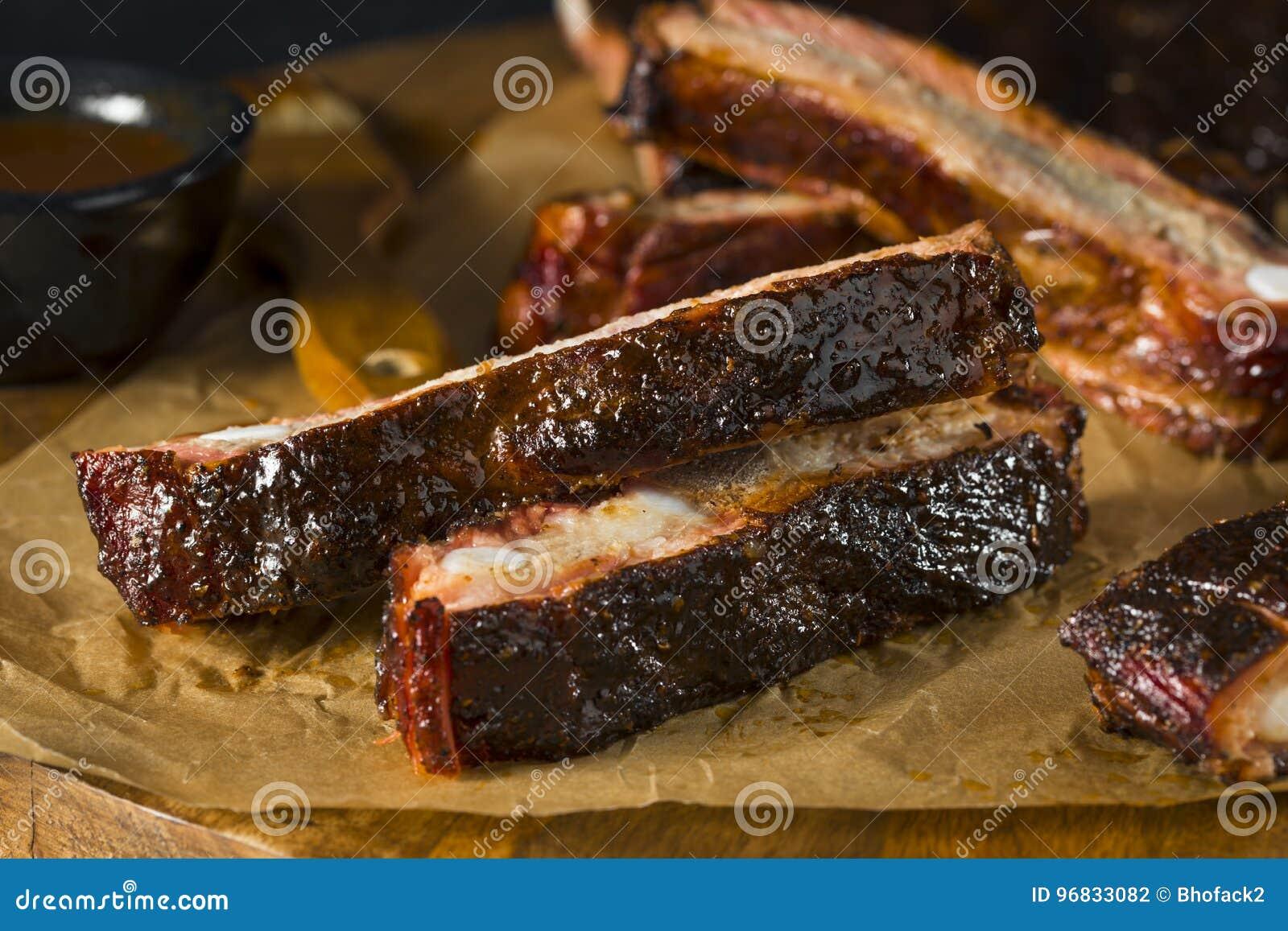 St fumado caseiro Louis Style Pork Ribs do assado
