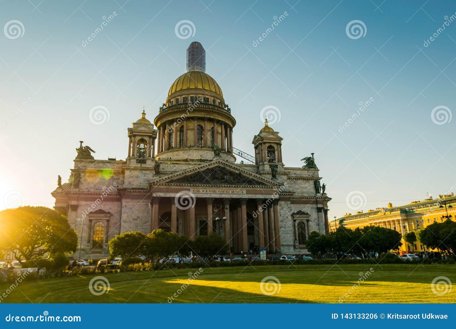 ST Isaac Cathedral στην Άγιος-Πετρούπολη, Ρωσία