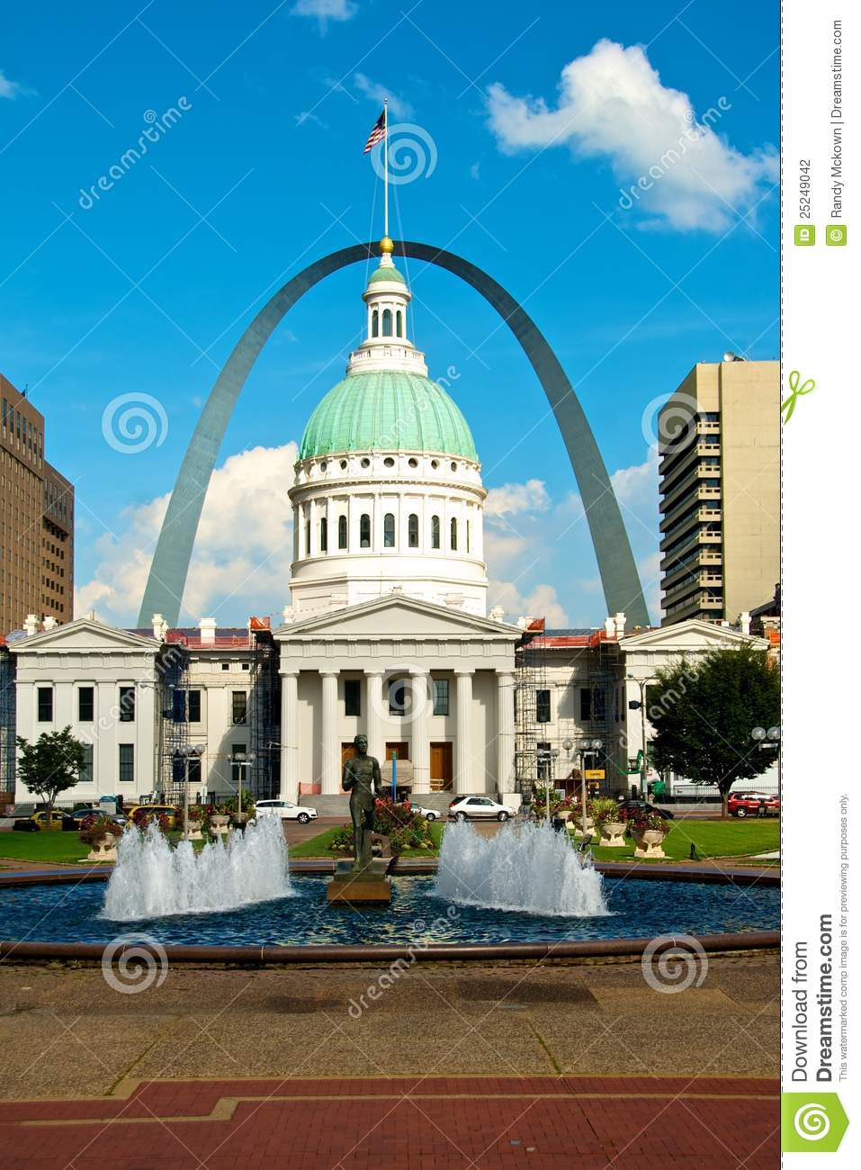 st louis gateway arch and court house editorial photography image of politics political. Black Bedroom Furniture Sets. Home Design Ideas