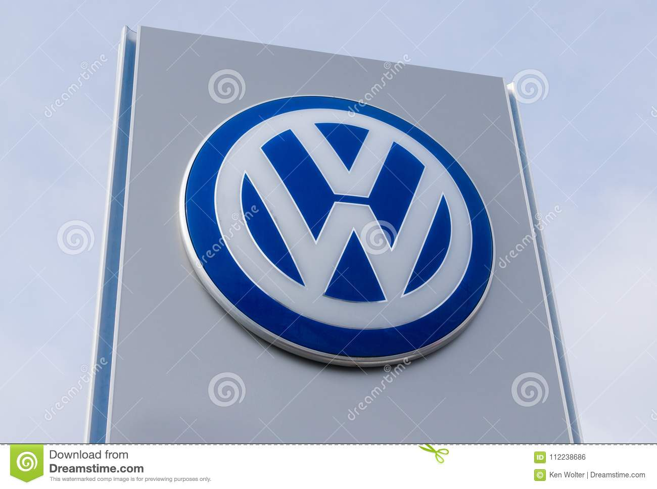 Vw Dealership Mn >> Volkswagen Sign And Logo Editorial Photo Image Of Sportscar 112238686