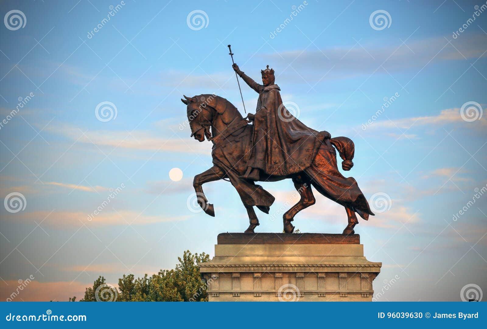 St. Louis Statue