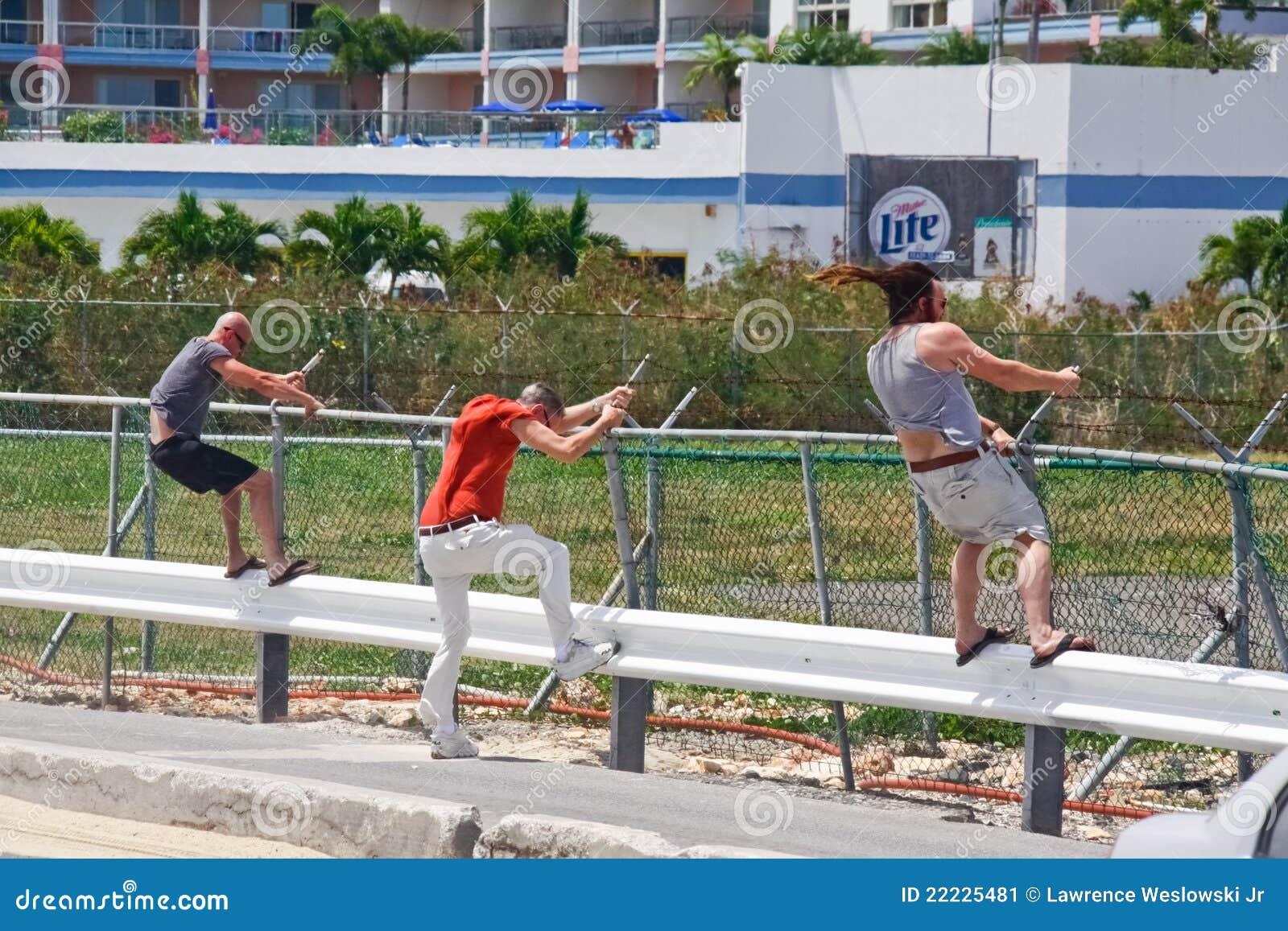 St. Maarten Maho Bay Jet Blast Editorial Photo - Image: 22225481