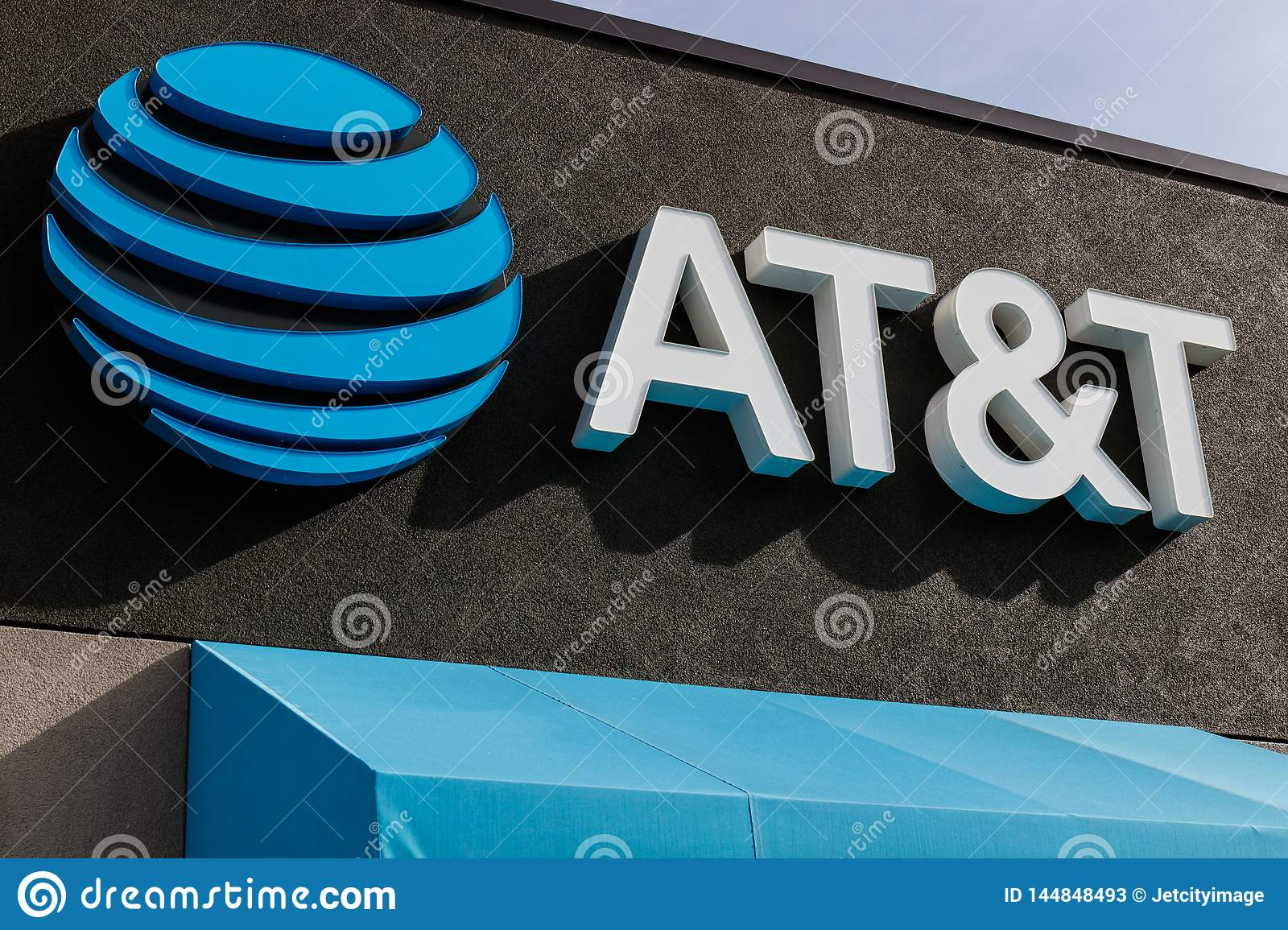 AT&T Retail cell phone and mobility store. AT&T wrapped up its merger with WarnerMedia and now controls HBO and CNN VII