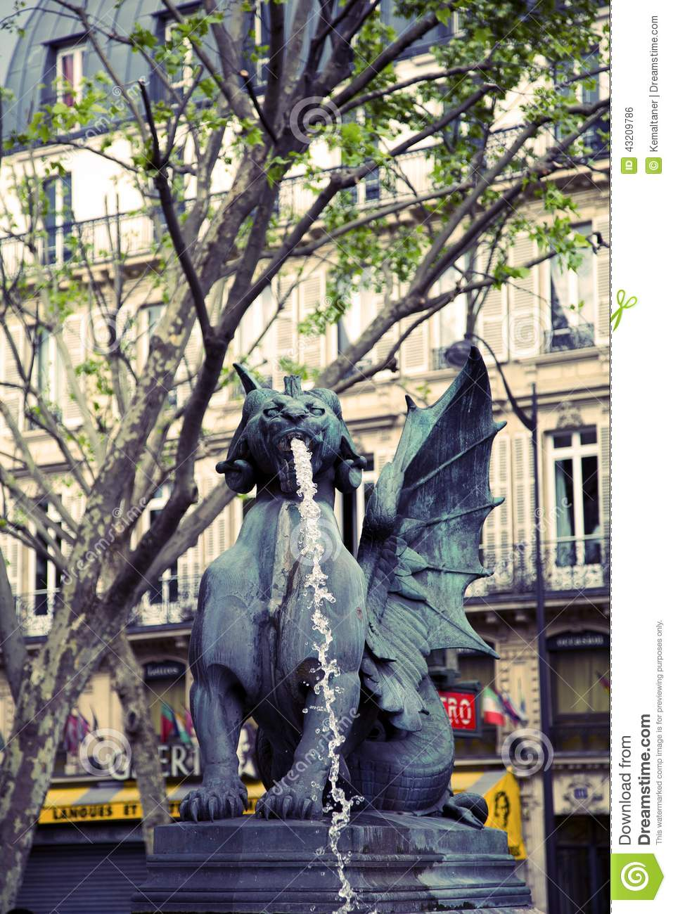 Download St Michael Springbrunn I Paris Arkivfoto - Bild av michel, statuary: 43209786